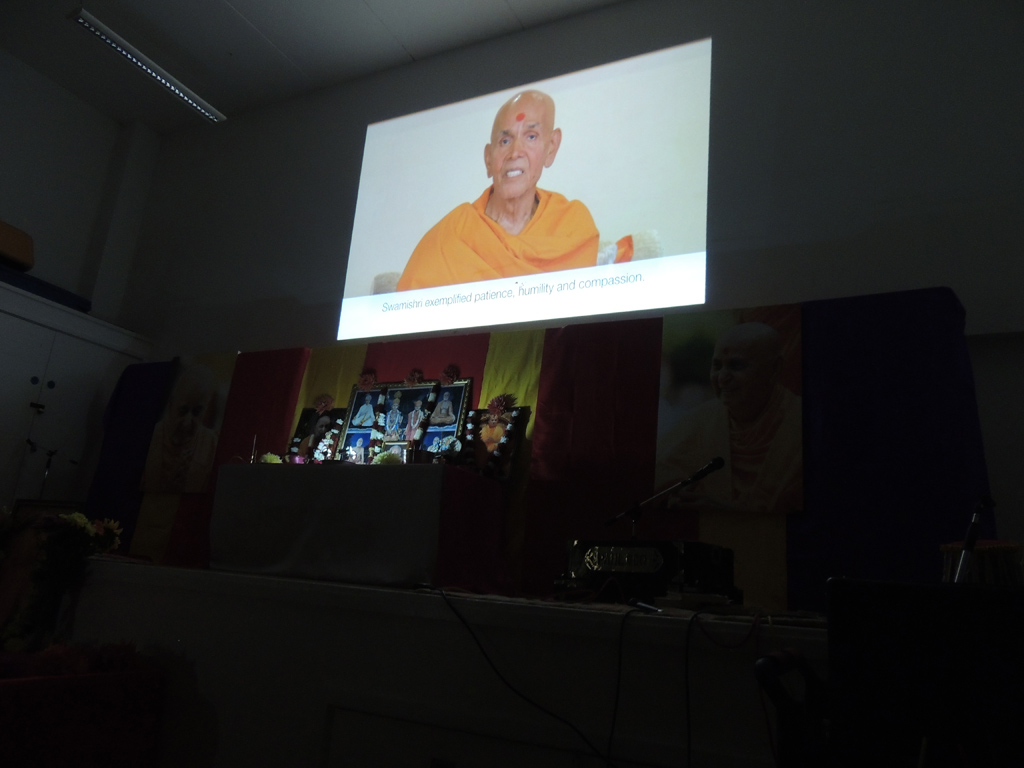 Tribute Assembly in Honour of HH Pramukh Swami Maharaj, Crawley, UK