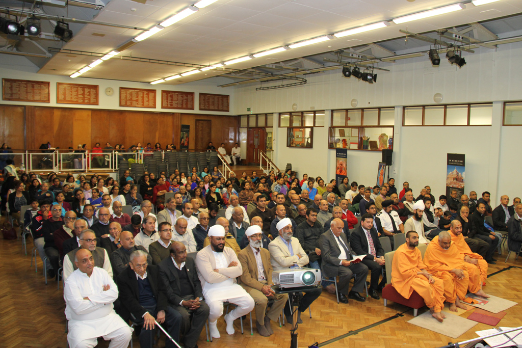 Tribute Assembly in Honour of HH Pramukh Swami Maharaj, West London, UK