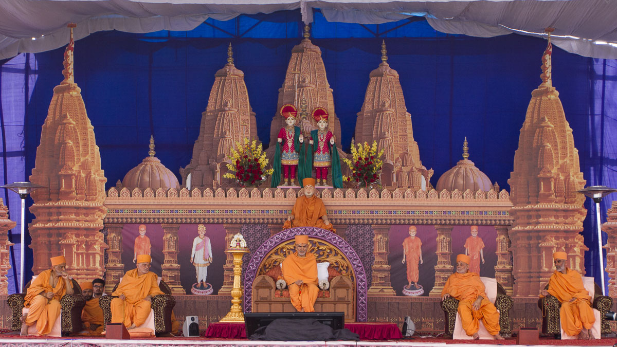"Murti-Pratishtha Assembly, 1 March 2017<br><a href=""http://www.baps.org/Photos/2017/Murti-Pratishtha-Assembly-13544.aspx?mid=99732 "" target=""blank"" style=""text-decoration:underline; color:blue;"">for more photos</a>"