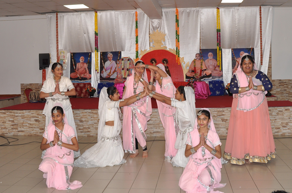 Swaminarayan Jayanti & Ram Navmi Mahila Celebrations, Paris, France