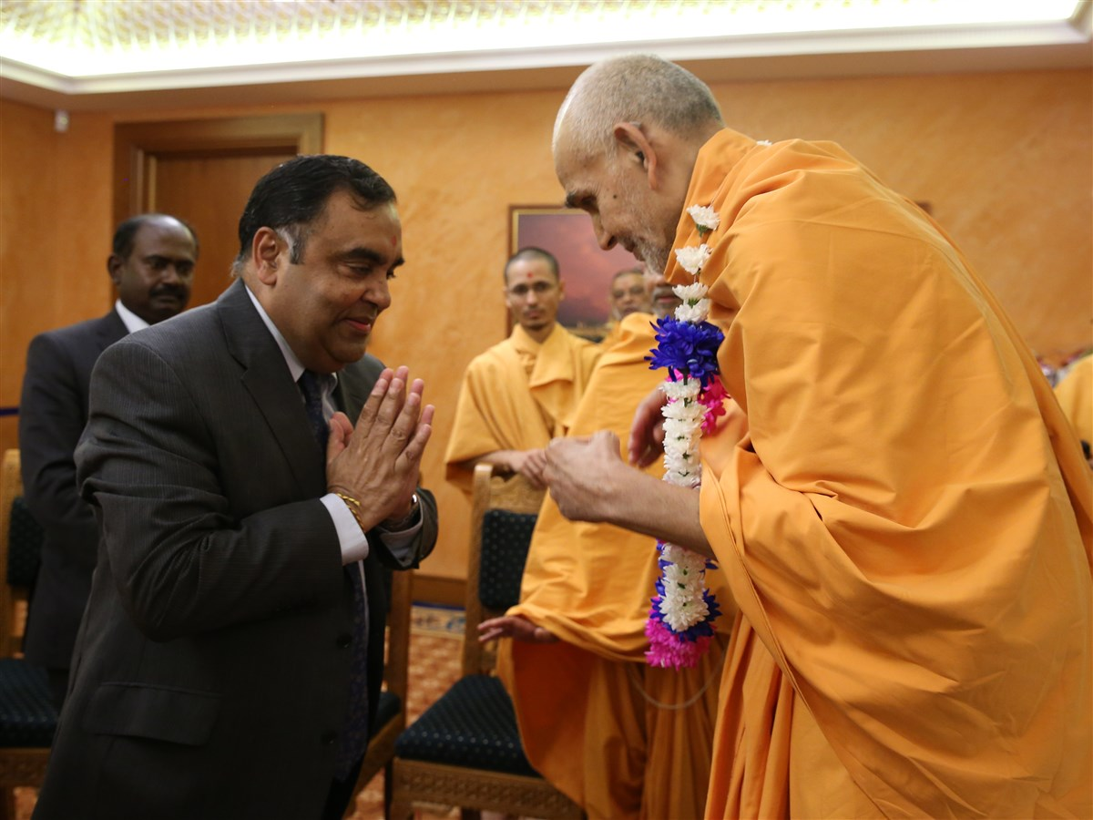The incumbent High Commissioner of India to the UK, Mr Y. K. Sinha, visited the Mandir to meet and honour Swamishri