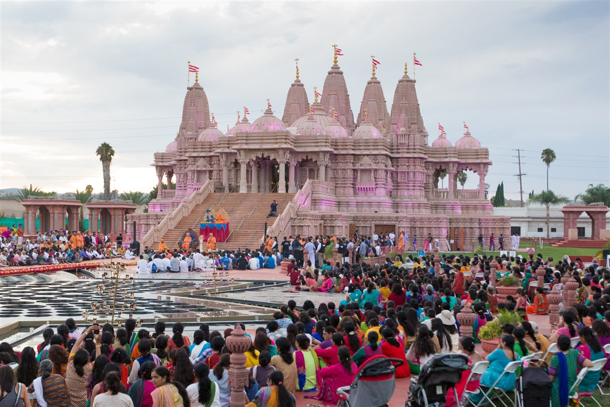 Devotees engaged in the welcome assembly at BAPS Shri Swaminarayan Mandir, Los Angeles, CA