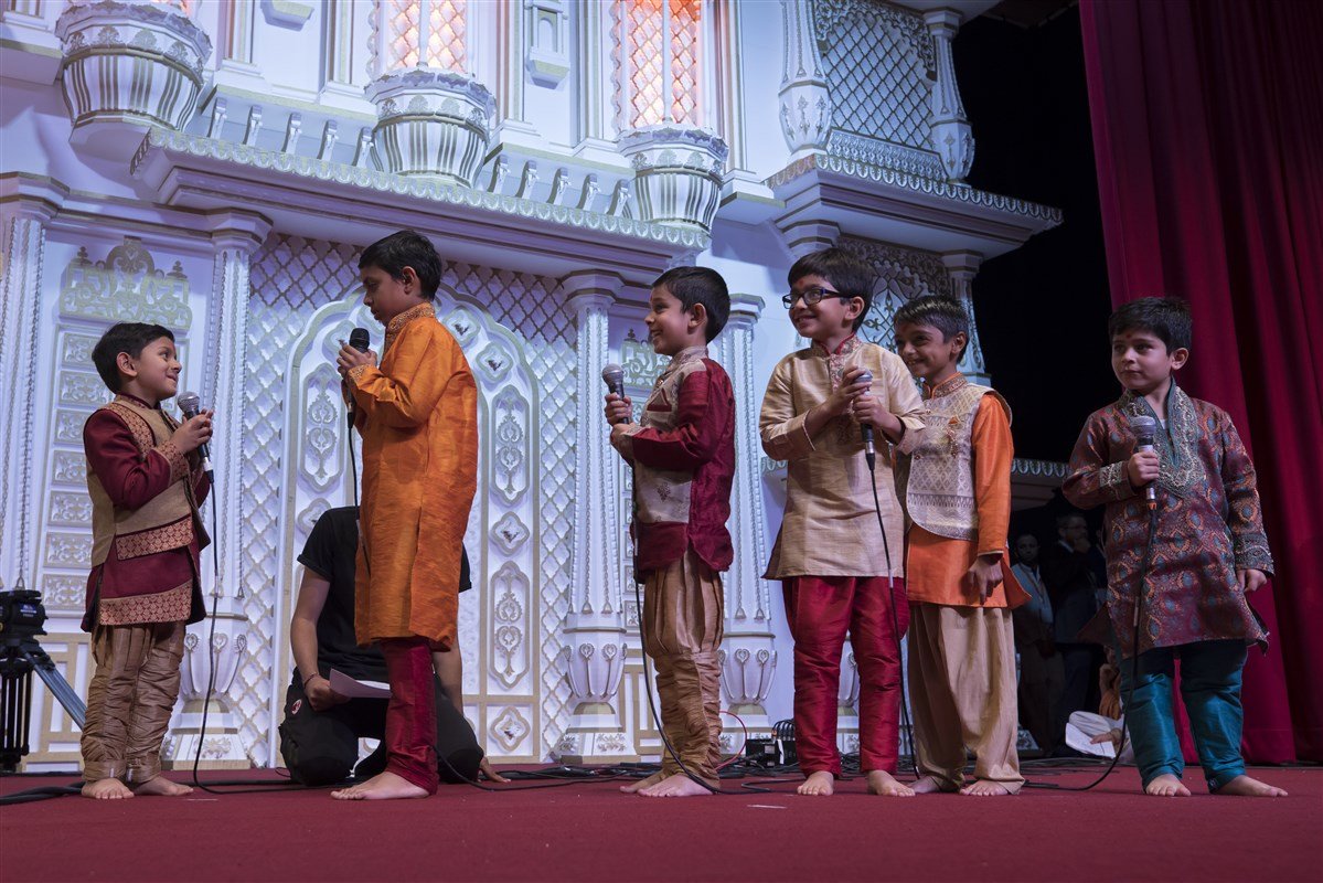 Pupils from the Nursery School also presented before Swamishri