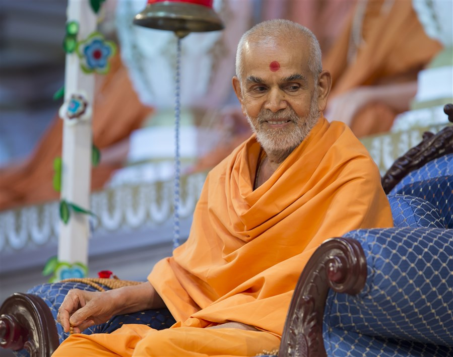 Swamishri observed with interest