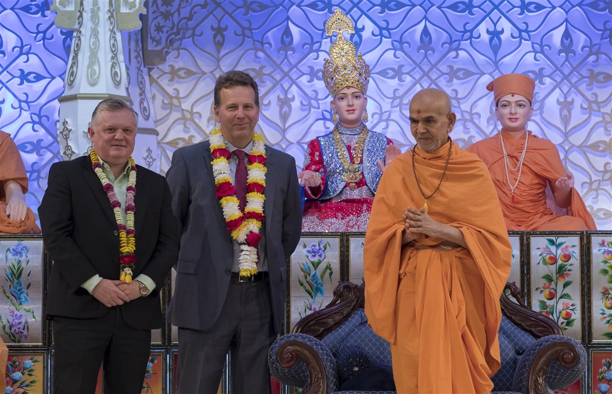 Swamishri with officials from Queens Park Rangers Football Club