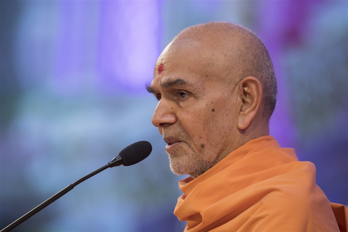 """Unity is the root of all progress anywhere in the world."" - Mahant Swami Maharaj"