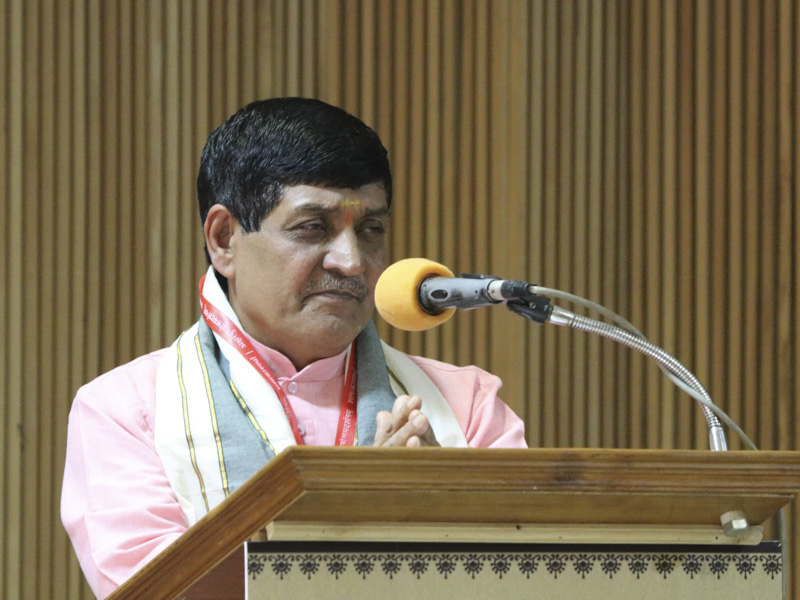 Prof. P.N. Shastri addresses the assembly