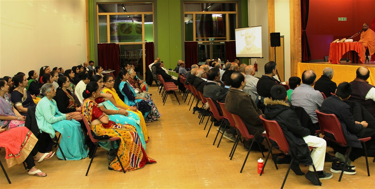 Satsang Parayan, Crawley, UK