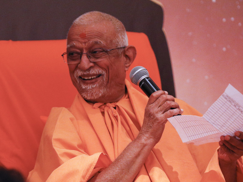 Pujya Doctor Swami participates in a shibir activity