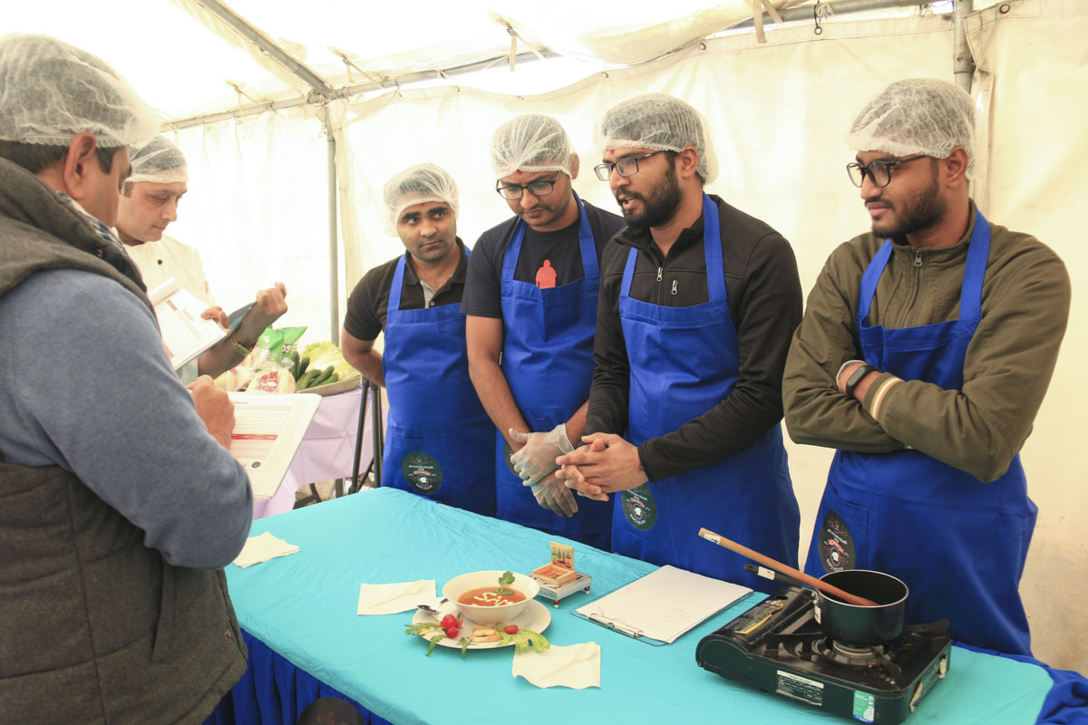BAPS Youths Organize Cooking Competition, Melbourne