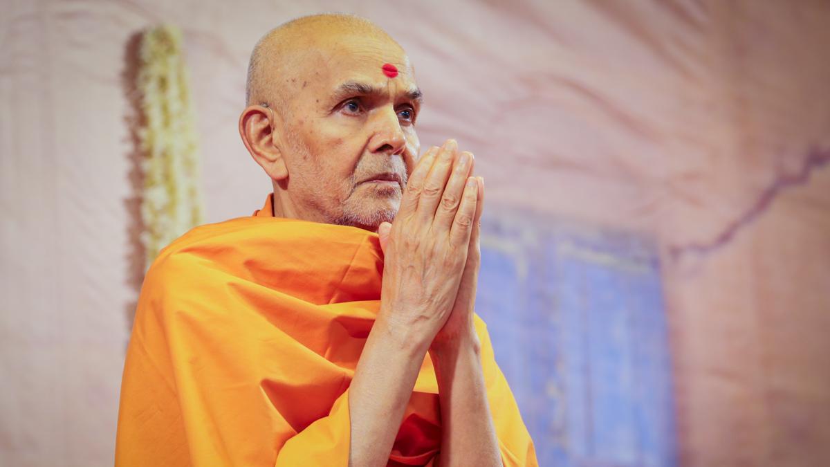 01 August 2018 - HH Mahant Swami Maharaj's Vicharan, Godhra, India