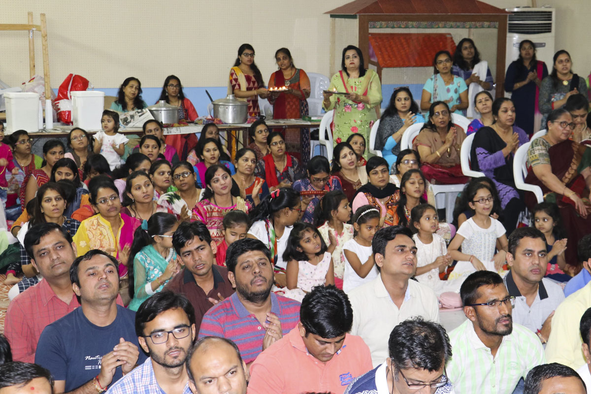 85th Birthday Celebration of Pragat Brahmaswarup Mahant Swami Maharaj, Kuwait