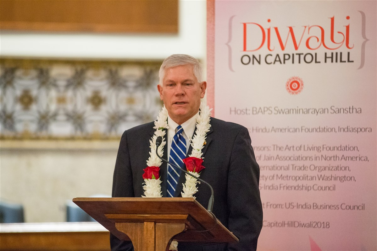 Congressman Pete Sessions (TX-32) addresses the assembly