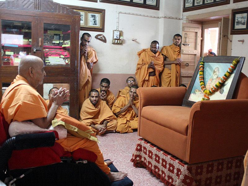 ... in Yogiji Maharaj's room