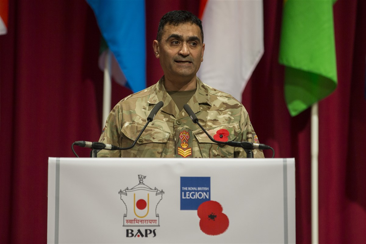 Staff Sergeant Sohail Ashraf MBE explained how Wilfred Owen, renowned British war poet, was inspired by Indian Nobel Laureate Rabindranath Tagore's 'Gitanjali'