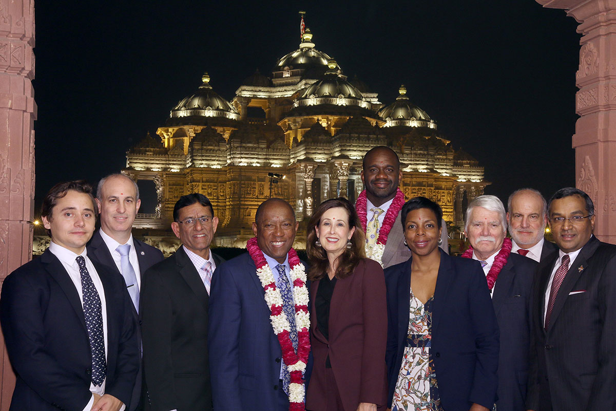 Houston Mayor Sylvester Turner Visits Akshardham