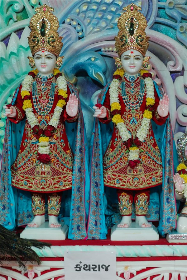 Murtis for the new BAPS Shri Swaminarayan Mandir, Kanthraj