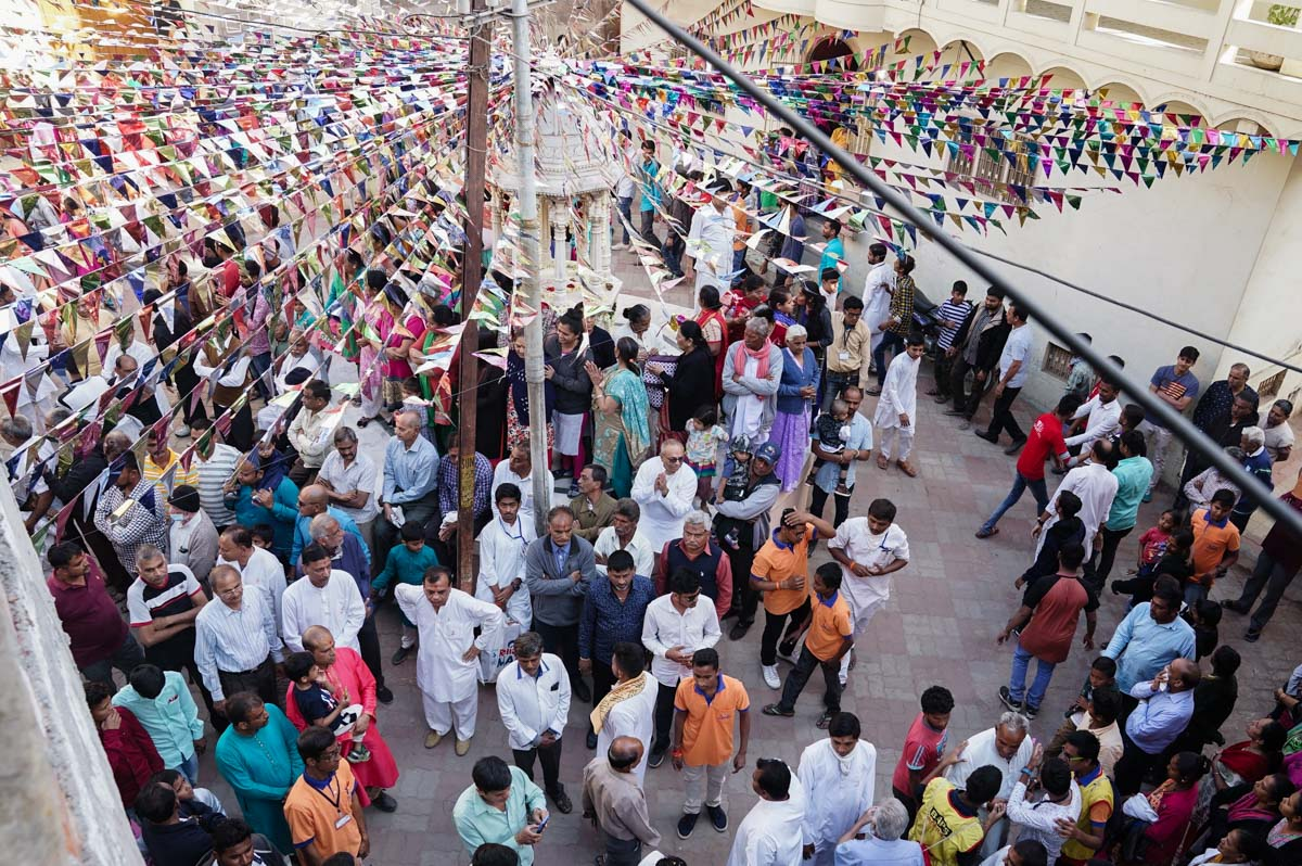 Devotees during the nagaryatra