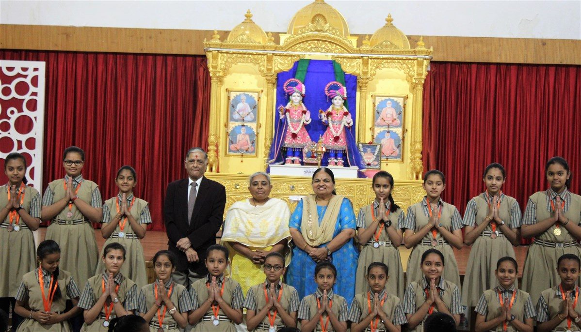 Students were felicitated for achieving high ranks in Adhiveshan in a special assembly