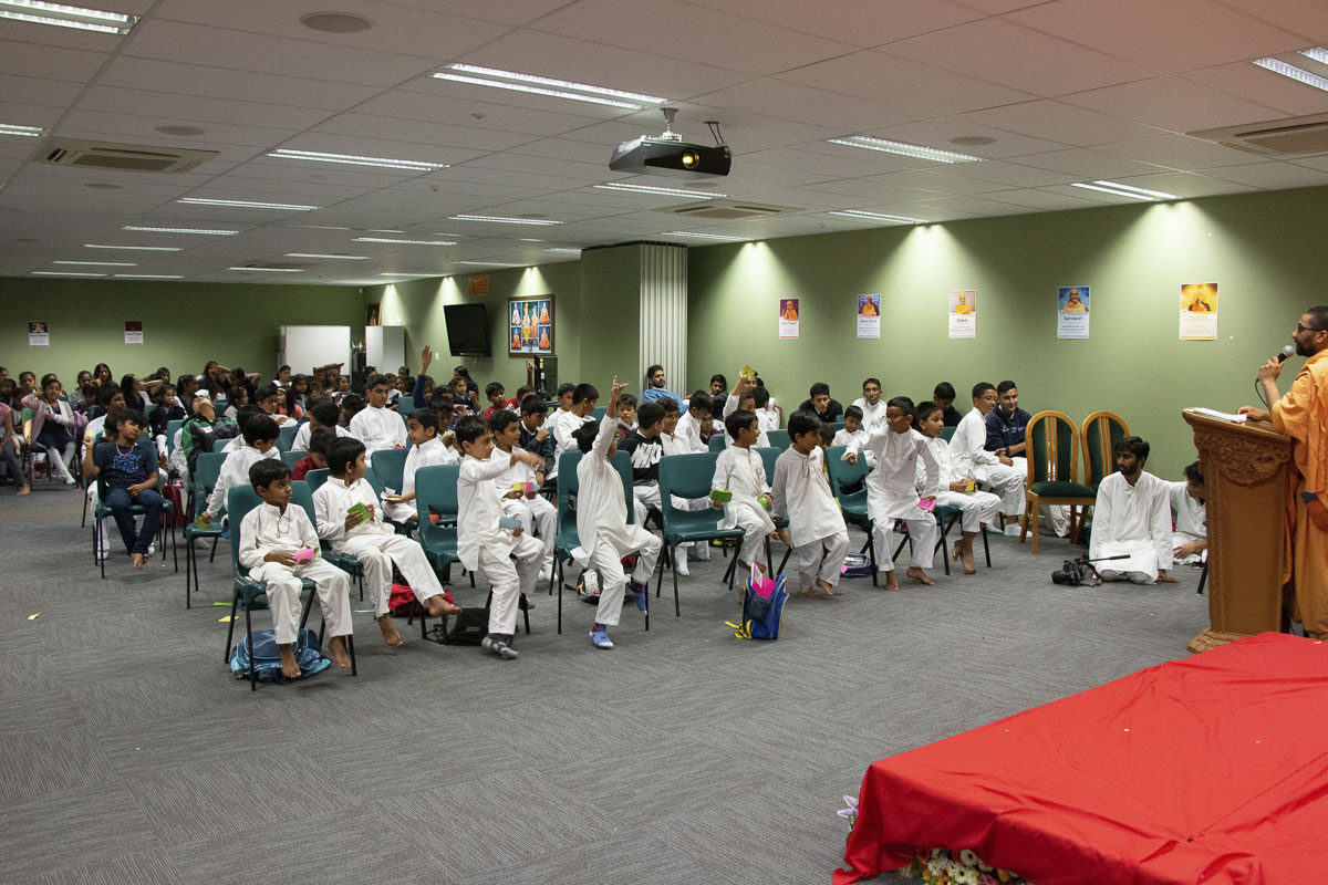 Children during a shibir session