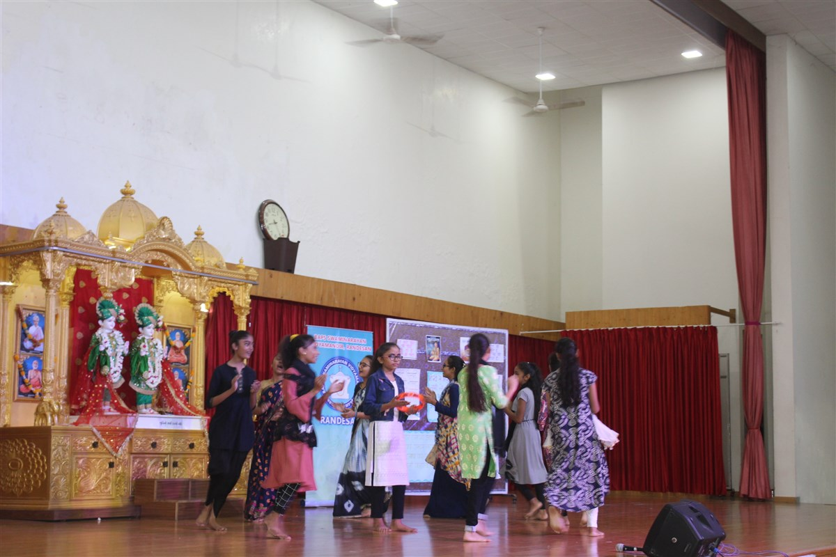 Celebration of Hindi Diwas on the campus
