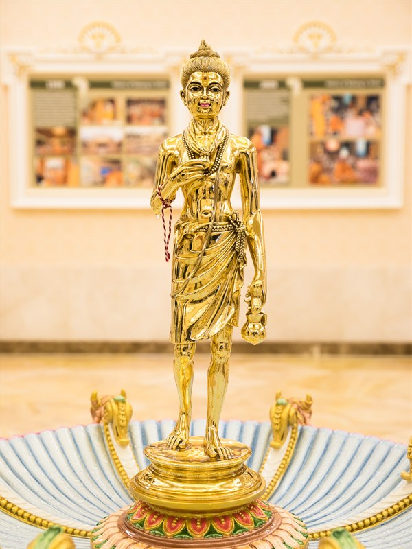 Murti of Shri Nilkanth Varni to be consecrated in the re-inaugurated abhishek mandap