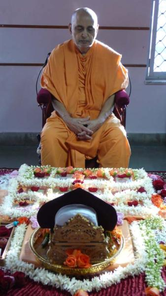 Swamishri engaged in his morning puja