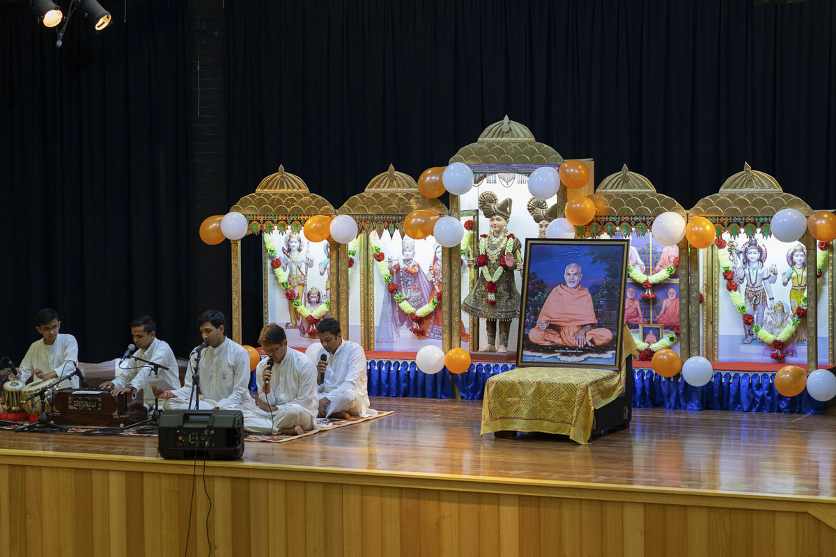 HH Mahant Swami Maharaj's 86th Birthday Celebration, Plumpton