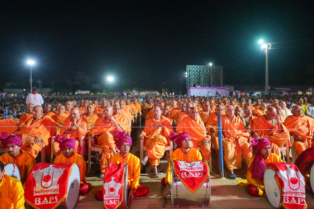 Sadhus during the assembly