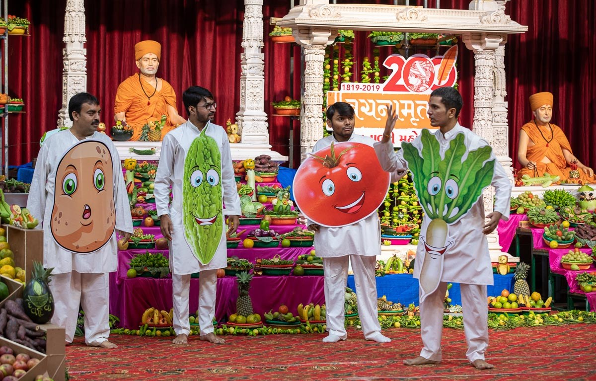 Youths present before Swamishri