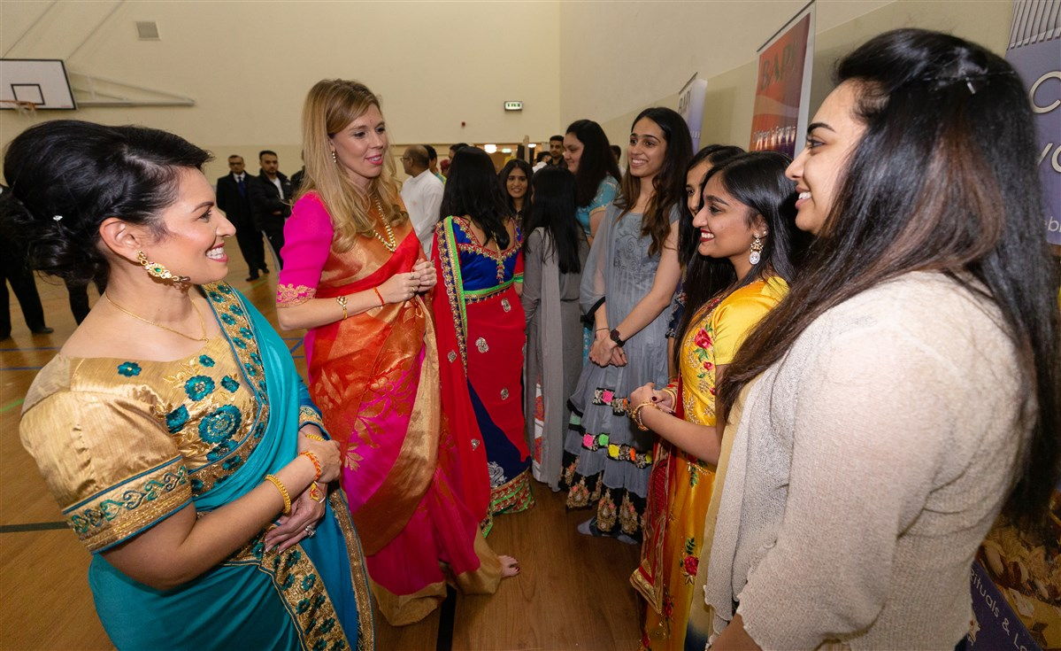 The Home Secretary and Ms Symonds met young volunteers who provide educational support and career services to children and youths at the Mandir