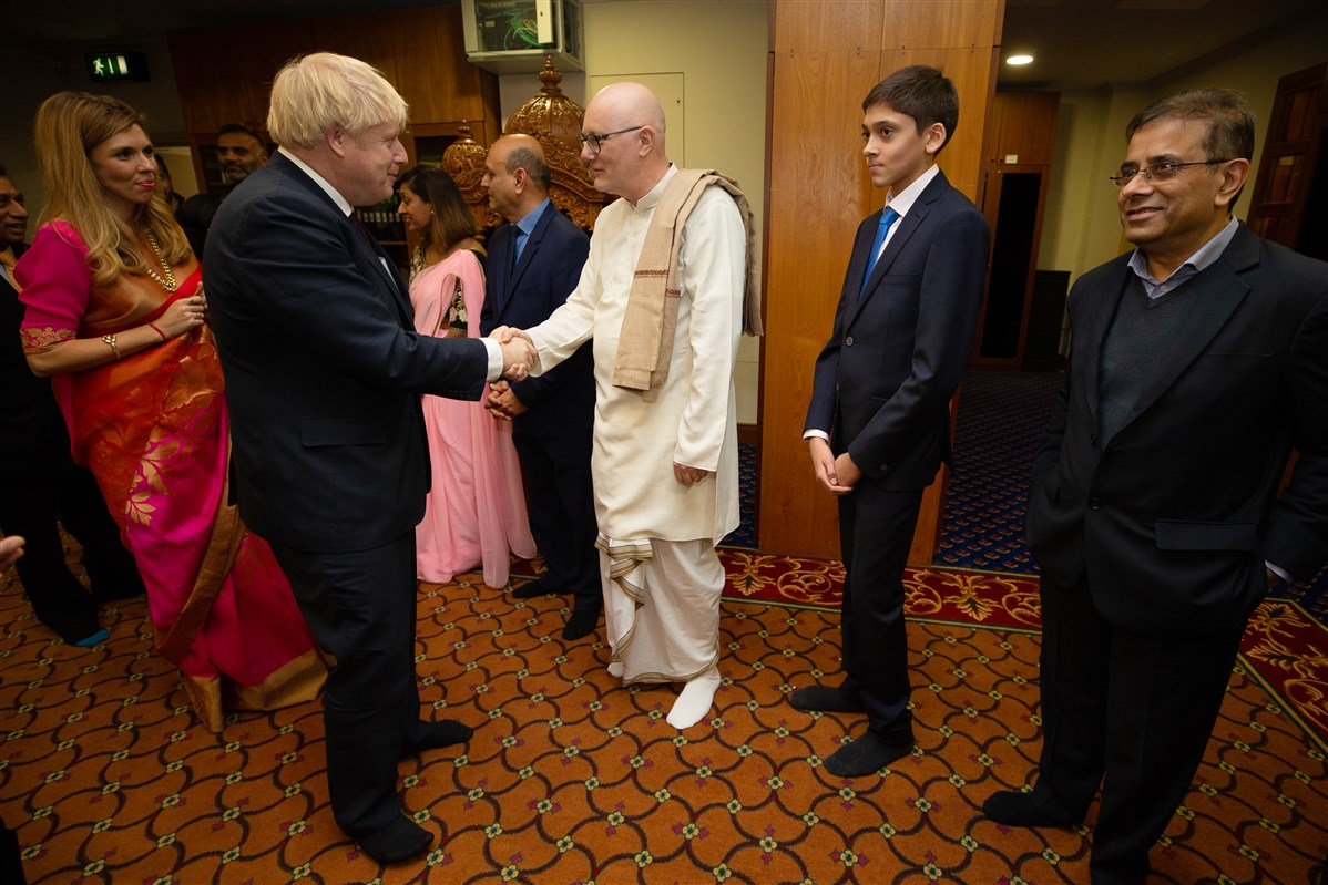 The Prime Minister and Ms Symonds also met leaders of other Hindu organisations