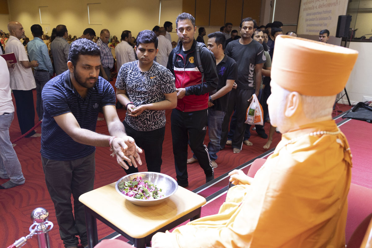 98th Birthday Celebration of Brahmaswarup Pramukh Swami Maharaj, Sydney