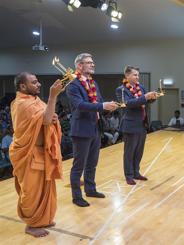 98th Birthday Celebration of Brahmaswarup Pramukh Swami Maharaj, Auckland