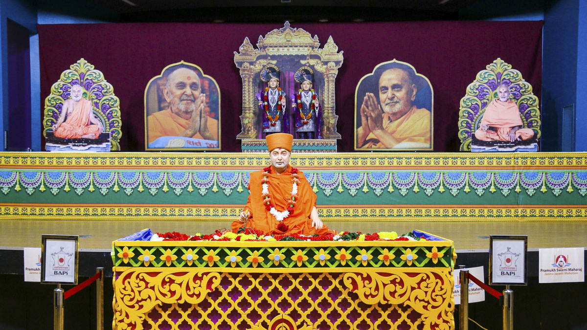 98th Birthday Celebration of Brahmaswarup Pramukh Swami Maharaj, Canberra