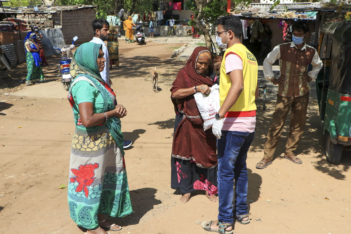 BAPS Community Services During the Coronavirus Lockdown, Himmatnagar
