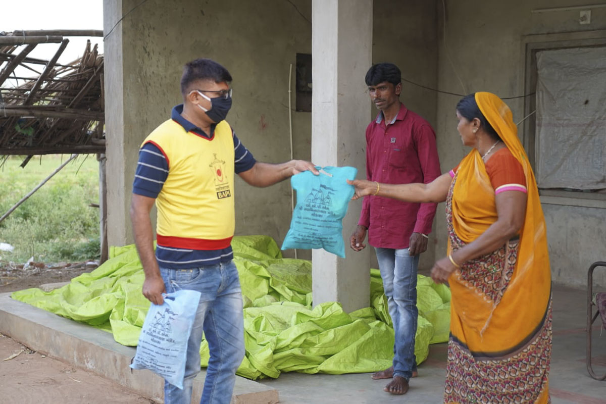BAPS Community Services During the Coronavirus Pandemic, Modasa