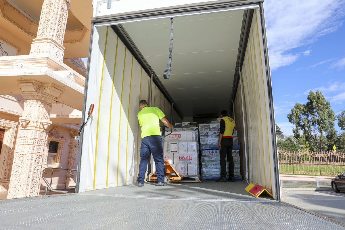 BAPS Provides Assistance During Coronavirus Pandemic, Food Bank, Melbourne