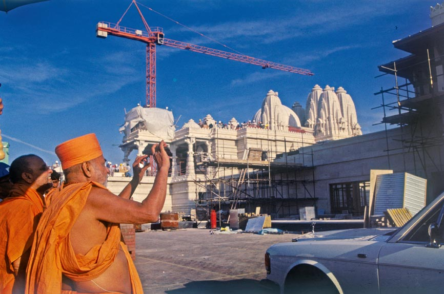 London Mandir History: A Photo Story