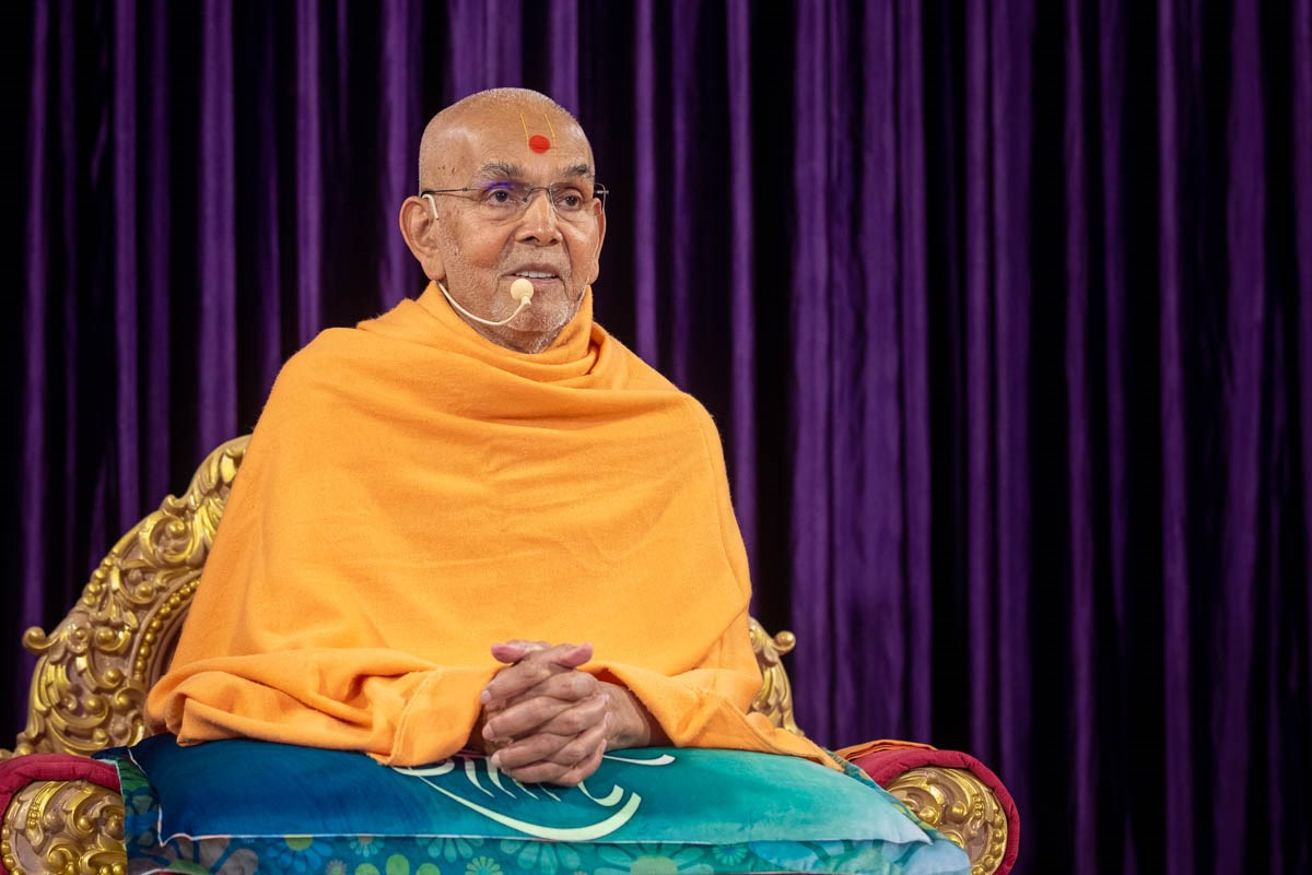 Swamishri in conversation with sadhus via video conference