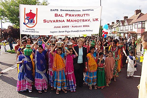 Leader of Brent Council - Cllr. Ann John with the young girls at the Rath Yatra