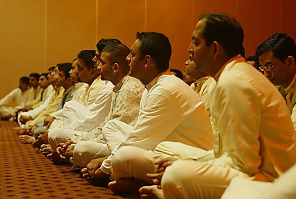Young Yuvak/Yuvatis Assembly  -  The youths listen with great attention to Swamishri's words