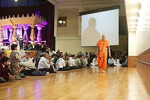 Swamishri performs his morning walk