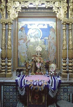 The shrine where Ramanand Swami appointed Sahajanand Swami as the Head of the Sampradaya, Jetpur,