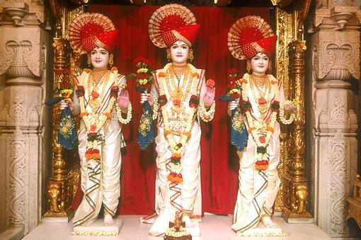 Shri Dham, Dhami and Mukta