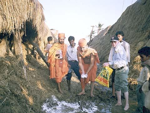 Orissa Cyclone Relief, 1999 -