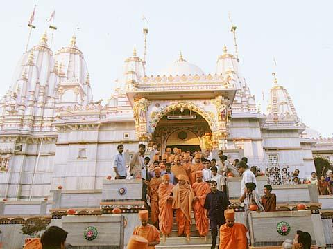 Visiting mandir built by Lord Swaminarayan in Vadtal