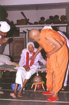 Blessing an ailing devotee, Tajpur