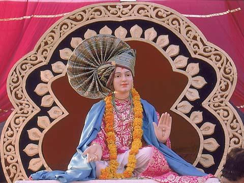 Beautifully dressed,Lord Swaminarayan (Utsav Murti), Kosamba