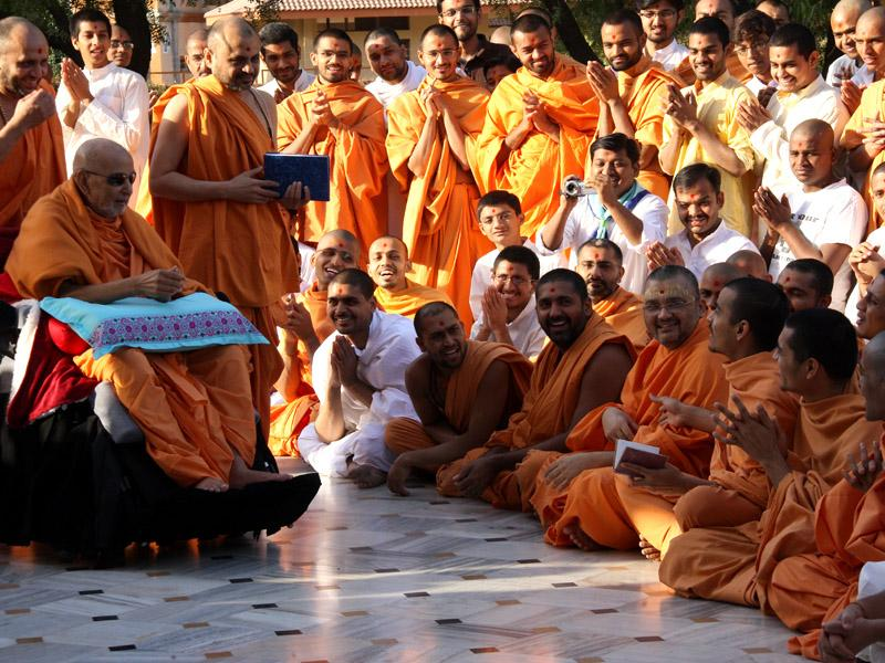 A skit presentation before Swamishri in the Smruti Mandir pradakshina